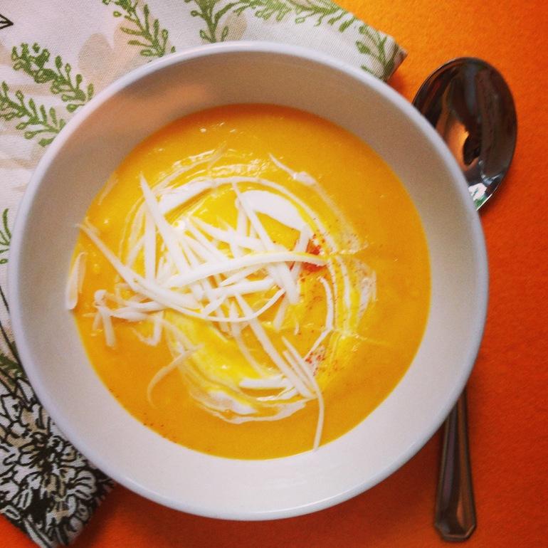Суп-пюре из тыквы с тертым сыром